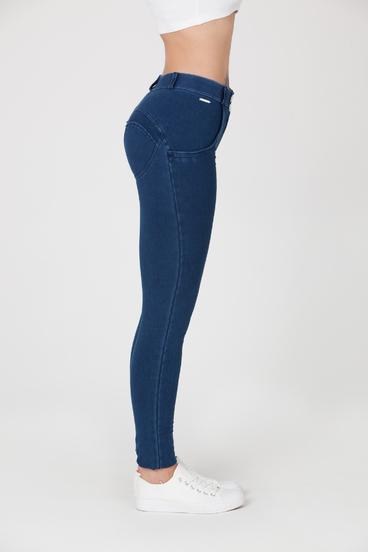 Boost Jeans Mid Waist Dark Blue